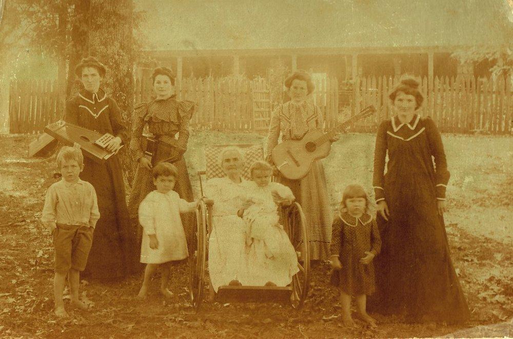 ms rodney orig photo gary herring family with kids .jpg